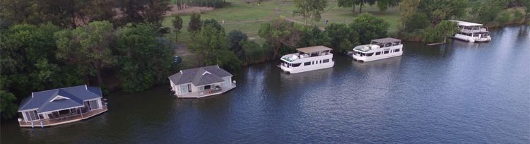 view-of-the-vaal-river-and-liquid-lounge-houseboats