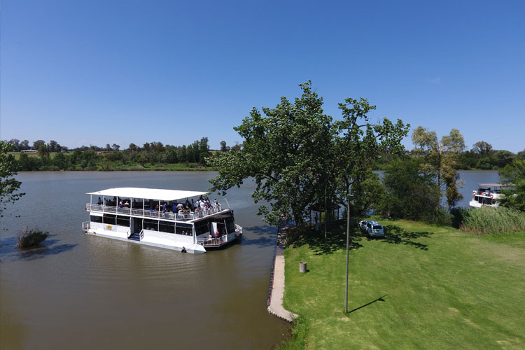 liquid-lounge-vaal-river-conference-cruises